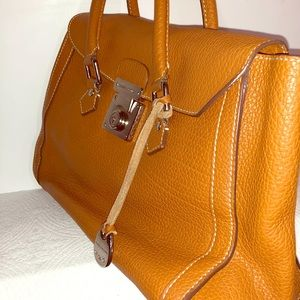 Vintage Dooney & Bourke leather purse with key